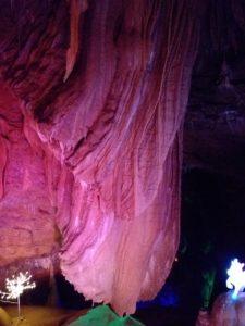 Grotte de Trabuc - gite roulotte Entre Vignes et Oliviers