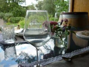 Mets locaux - gite roulotte entre vignes et oliviers - cevennes - gard